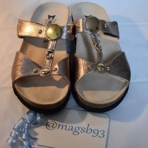 Mephisto Sandal Light Gold Size 40